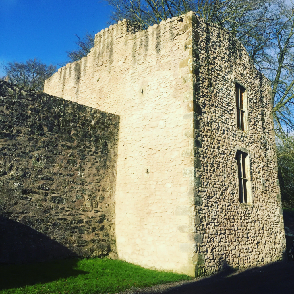 BLOG - Live It Experience It Picnic Places - Benburb Castle Walls