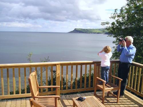 Largy Coastal Apartments - sea views