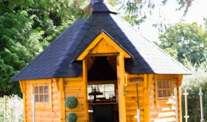 Places to stay in County Tyrone - Aghaloo House which has this fantastic luxury BBQ hut in the garden. IMG_6917_preview