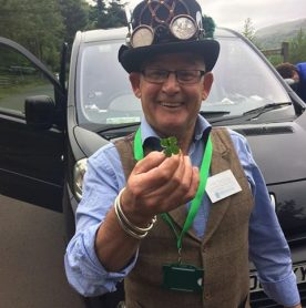 Wee Jim Dickson - a tour guide and storyteller